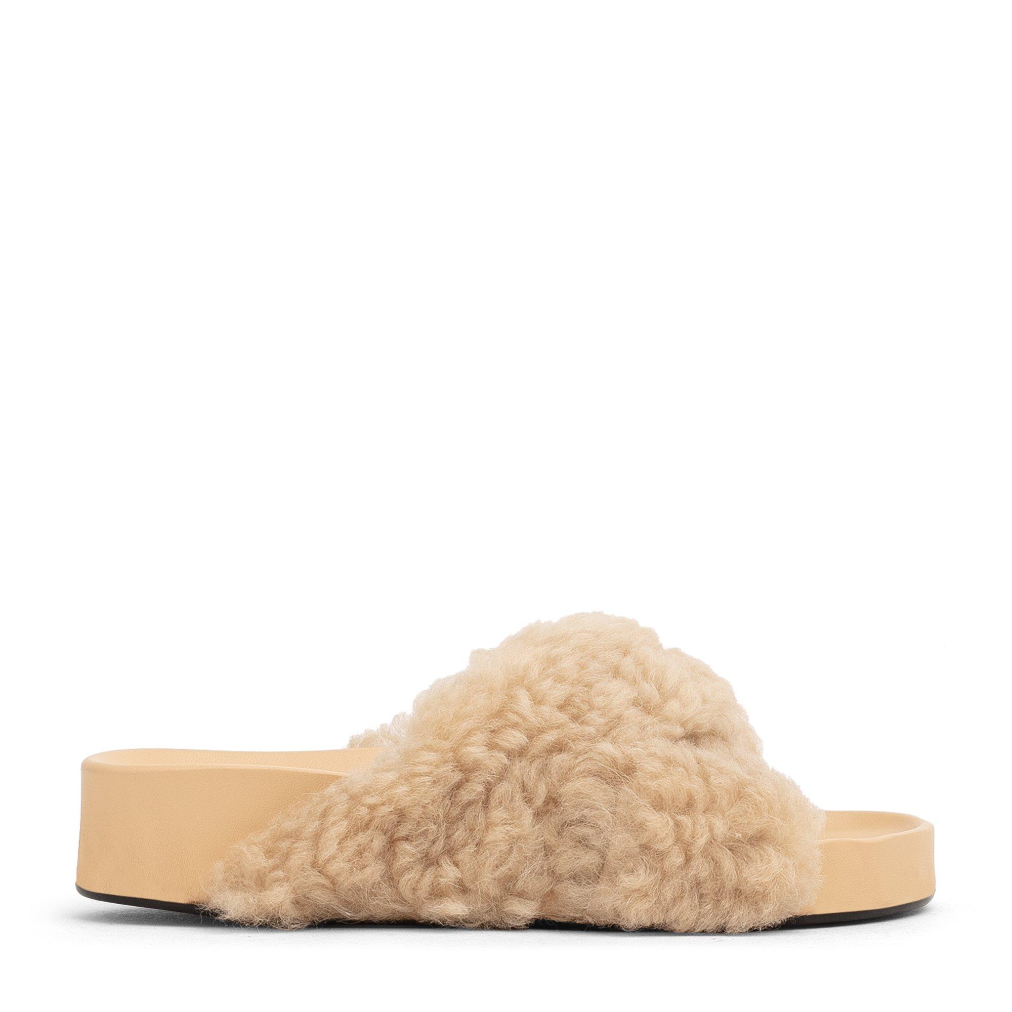 Urbino sandals
