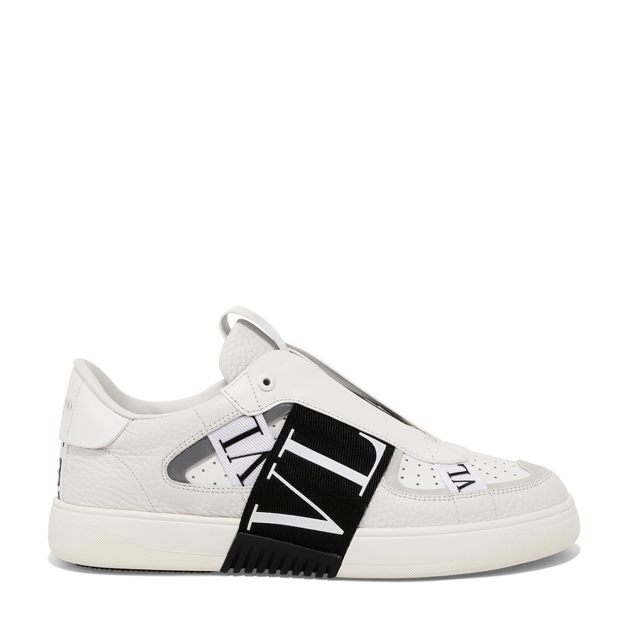 VL7N slip-on sneakers