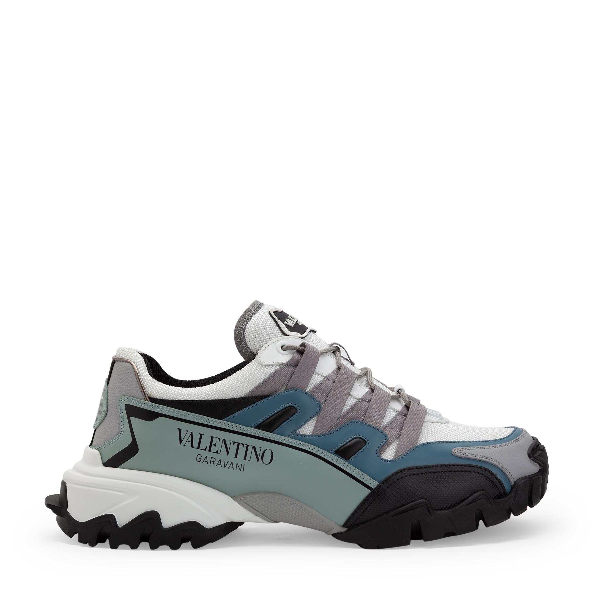 Climbers sneakers